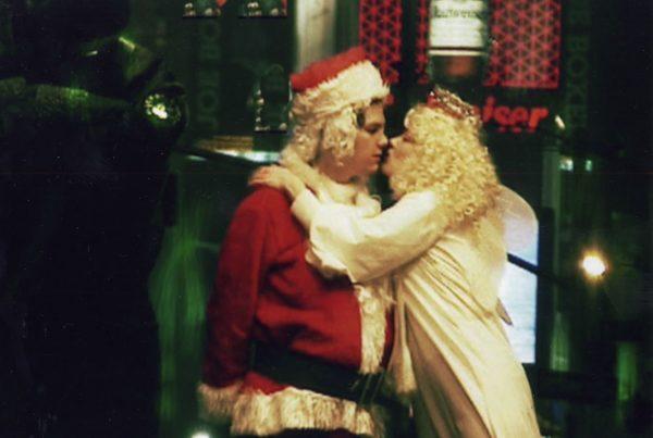 "Partner Pictures presents ""Santa Smokes"" by Till Schauder"
